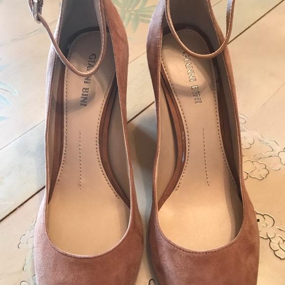 7fc47ae3095 Gianni bini Women shoes NWT
